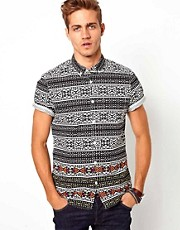 Camisa con estampado tribal de River Island
