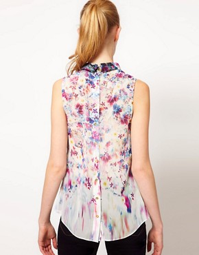 Image 2 ofWarehouse Floral Print Blouse