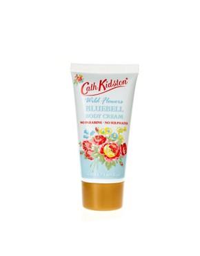 Image 4 ofCath Kidston Shower Gift Set