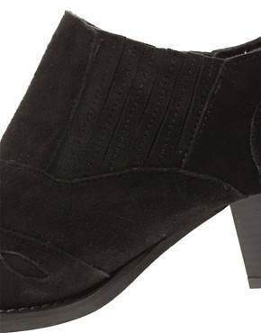 Image 4 of ASOS MOUNTAIN Suede Western Shoes
