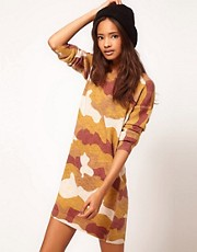 Vestido estilo suter con estampado de camuflaje de ASOS