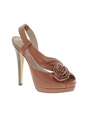 Studio TMLS Acapulco Leather Sandal With Floral Applique