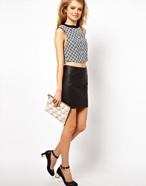 Image 4 ofASOS PETITE Exclusive Crop Top In Geo Print