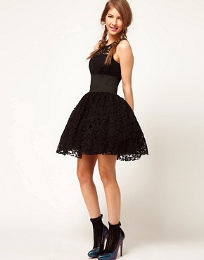 Image 4 of ASOS Prom Dress in Lace With Elastic Waist