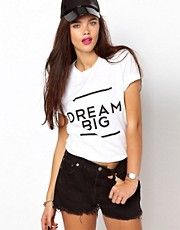 Camiseta Dream Big de Brashy Couture