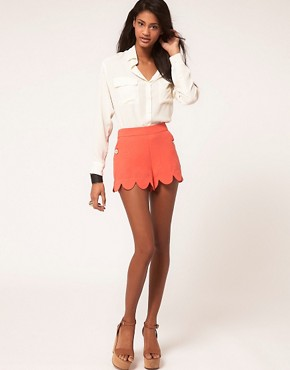Image 1 ofLipsy Scallop Edge Short