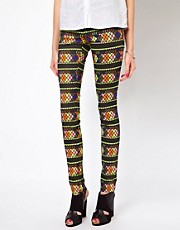 Jeggins con diseo azteca Lovely de Vero Moda