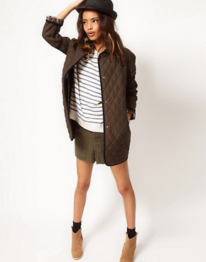 Bild 4 von ASOS  bergroe Steppjacke