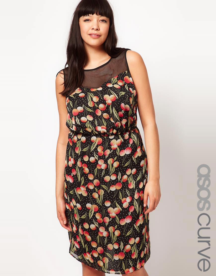 Vestido con estampado de melocotones de ASOS CURVE