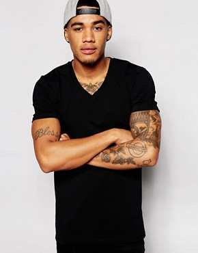 ASOS Muscle Fit T-Shirt With V Neck And Stretch