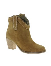 Park Lane Camel Suede Boots