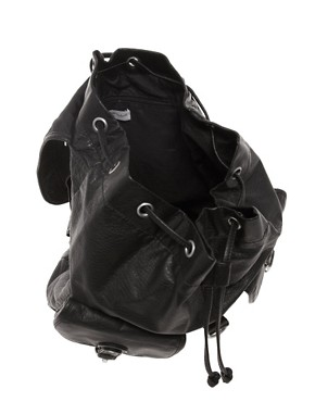 Image 2 ofNew Look Barney Backpack