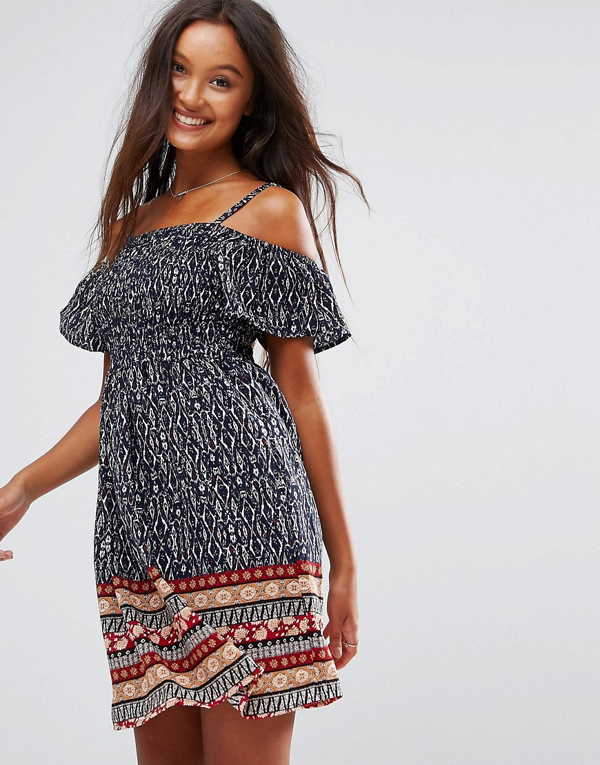 QED London Border Print Cold Shoulder Shirring Dress