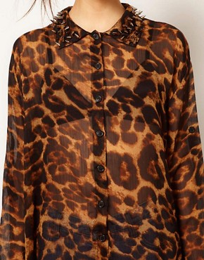 Image 3 ofReverse Hi Lo Stud Collar Leopard Print Shirt