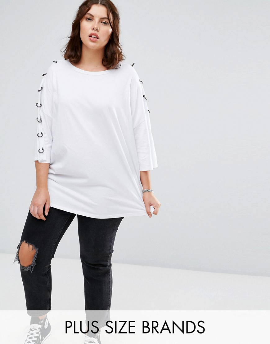 Alice & You 3/4 Sleeve Jersey Top With Chain Link Sleeve Detail - White
