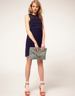 Image 3 ofASOS Weave Metal Bar Clutch