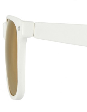 Image 4 ofASOS White Wayfarer with Gold Mirror Lens