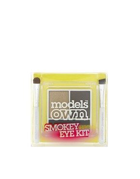 Image 2 ofModels Own Smokey Eye Kit