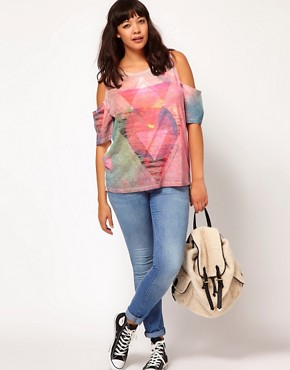 Image 4 of ASOS CURVE Sunset Triangle Print Top With Cold Shoulder