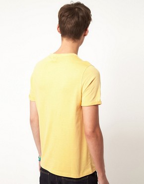 Bild 2 von ASOS  T-Shirt mit verblichenem Design
