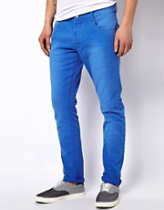 Chinos de corte slim de Solid
