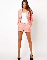 Lipsy  Shorts mit Lochstickerei und Grtel