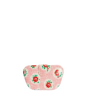 Image 3 of Cath Kidston Lattice Rose Manicure Set