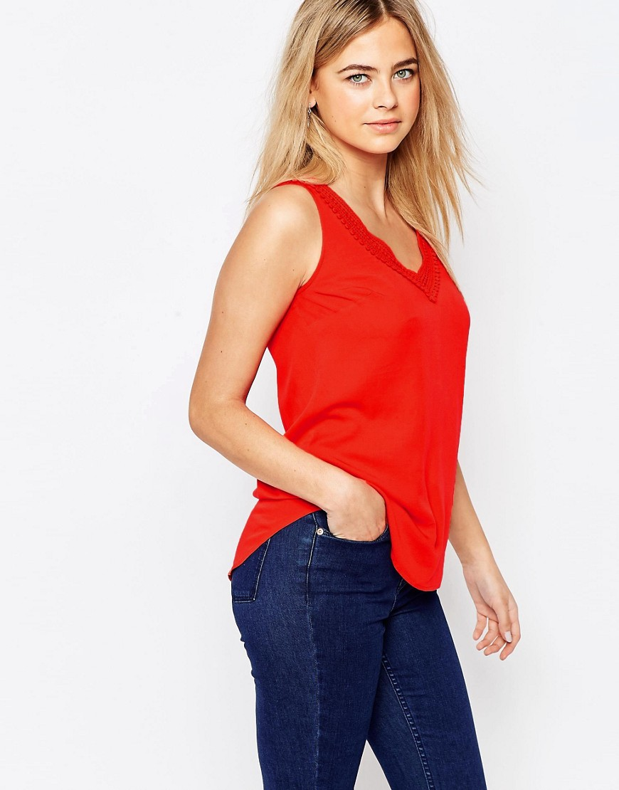 Oasis Lace Trim V Neck Shell Top - Red