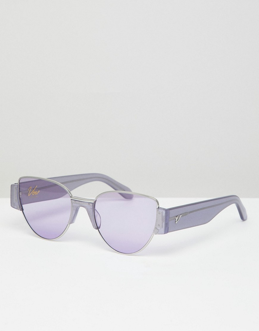 Vow London - Dahlia - Cateye-Sonnenbrille in Lila glitzernd - Violett | Accessoires > Sonnenbrillen | Violett | Vow London
