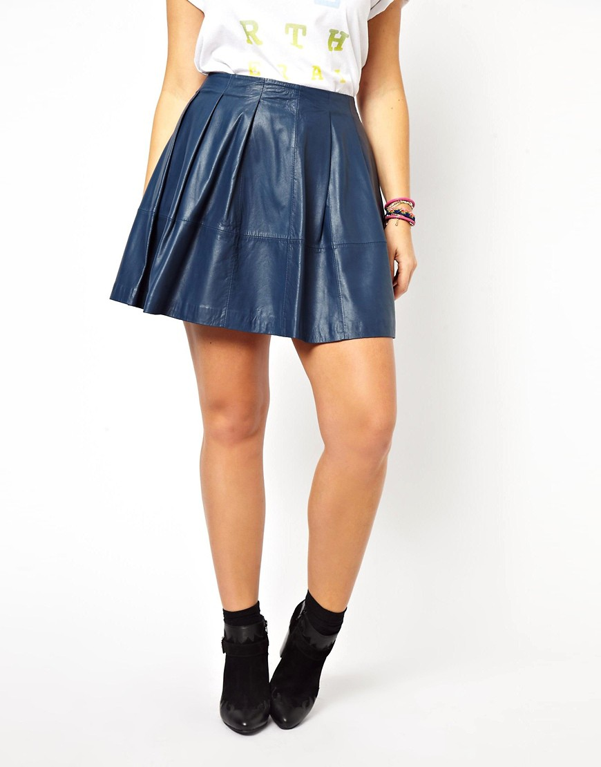 Image 4 of ASOS CURVE Exclusive Skater Skirt In Leather