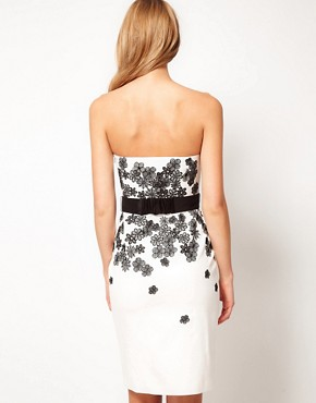 Image 2 ofCoast 3D Flower Bandeau Dress
