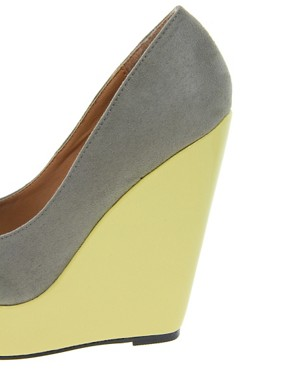 Image 3 of ASOS PARAMOUNT Pointed Wedges