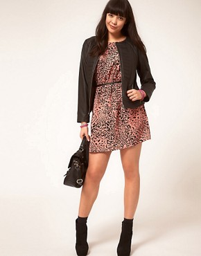 Image 4 ofASOS CURVE Exclusive Leather Jacket With Stitch Detail