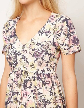 Image 3 ofASOS Maxi Tea Dress In Floral Print