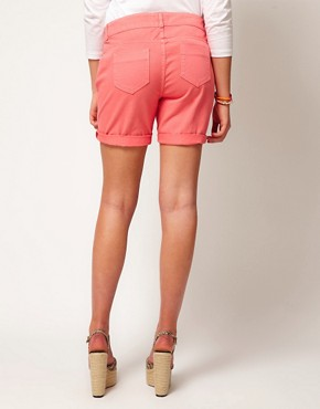 Image 2 ofASOS CURVE Exclusive Denim Short In Strawberry Pink