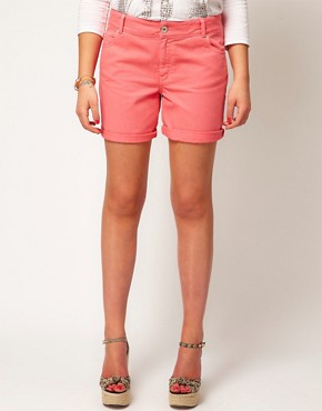 Image 4 ofASOS CURVE Exclusive Denim Short In Strawberry Pink