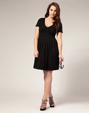 Image 4 ofASOS CURVE Exclusive Jersey Pleat Bust Dress