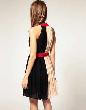 Image 2 ofWarehouse Colourblock Belted Dress