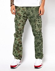Pantaln con estampado de camalen y camuflaje de 10 Deep