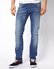 Lee Jeans &ndash; Powell &ndash; Schmal geschnittene Jeans in heller Sommerwaschung
