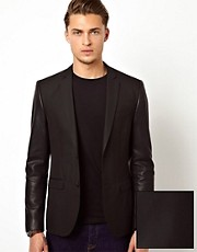 ASOS - Blazer slim fit con maniche in PU