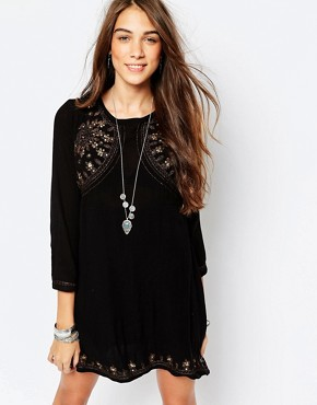 Pull&Bear Embroidered Black Dress