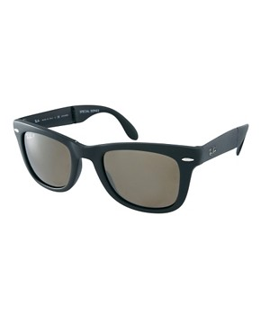 Image 1 ofRay-Ban Wayfarer Foldable Sunglasses with Polarised Lens