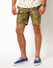 Native Youth  Shorts mit Tarnmuster