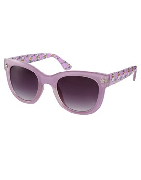 Bild 1 von River Island  Wayfarer-Sonnenbrille mit blumenverzierten Bgeln