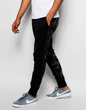 Nike Skinny Libero Trousers In Black 719539-010