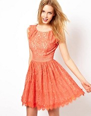 Vestido skater de encaje de Darling