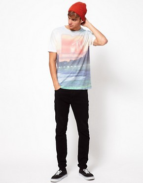 Image 4 ofRiver Island T-Shirt with MTV Beach Print