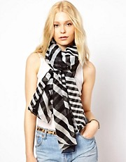 New Look Graphic Stripe Print Scarf