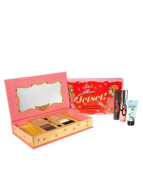 Image 4 ofBenefit Limited Edition Shes So Jetset